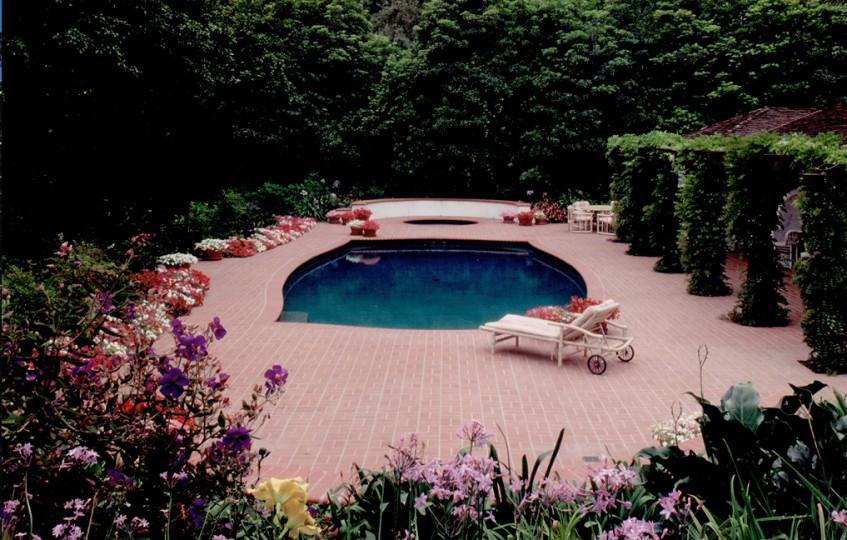Adele and Roy Huggins Estate (9)