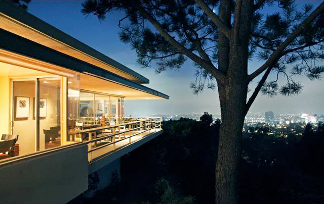 The Ralph Brown Residence (1)